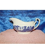 "Blue Willow Churchill Gravy Sauce Boat Pitcher 7.75"" Made in England - $24.70"