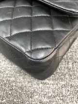 AUTHENTIC Chanel Quilted Lambskin Classic Medium Black Double Flap Bag GHW image 5