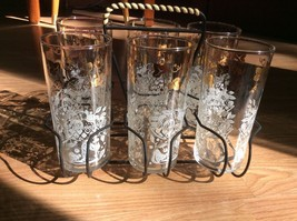 Vintage Leaves And Fruit Bowl Pattern Drinking Glasses And Carrying Rack - $24.18
