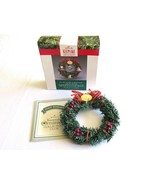 Hallmark Ornament Little Frosty Friends Memory Mini Wreath 1990 NO Stand... - $7.99