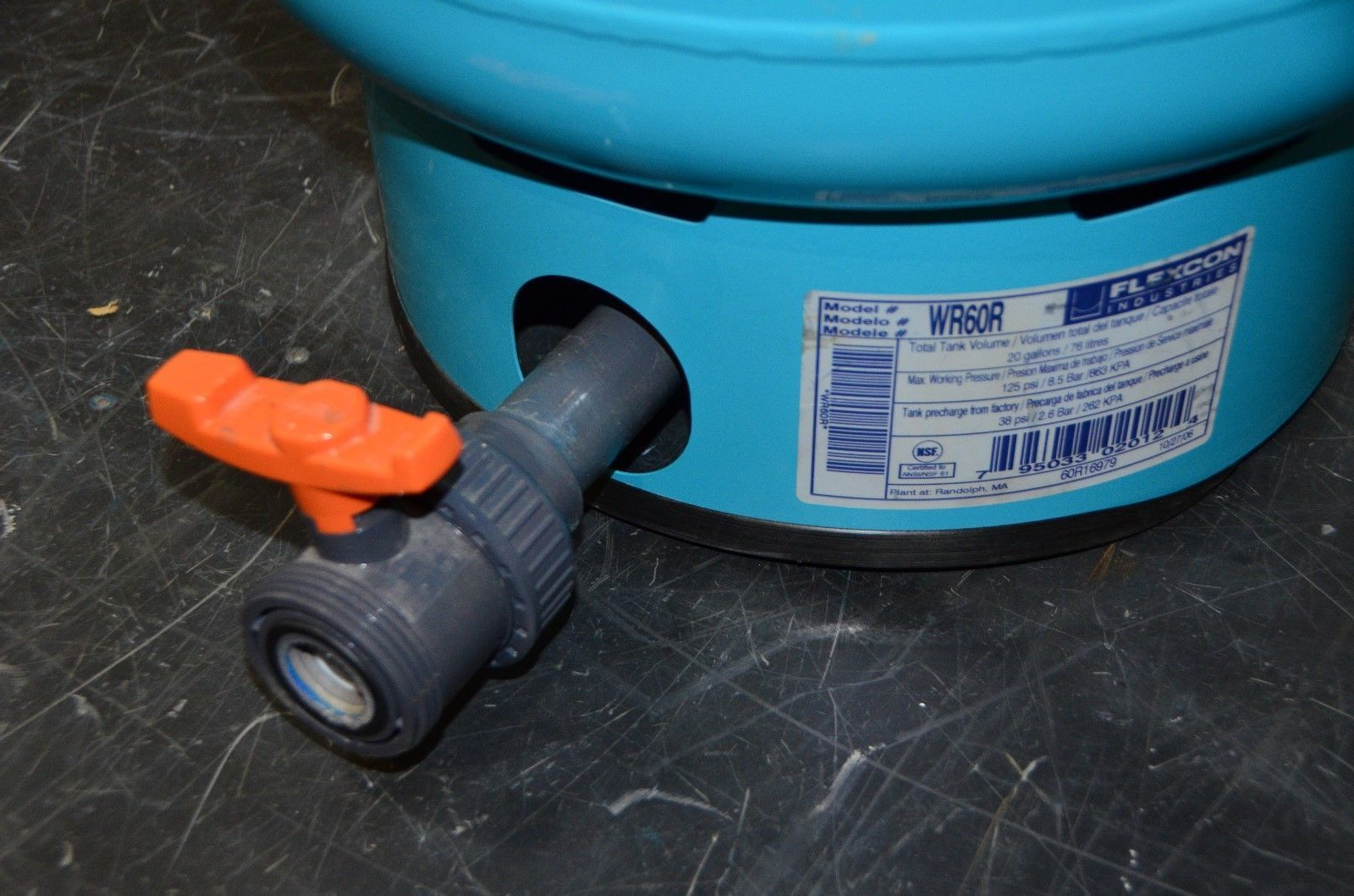 Flexcon Well-Rite WR60R Well Pressure Tank 20 Gallon Steel