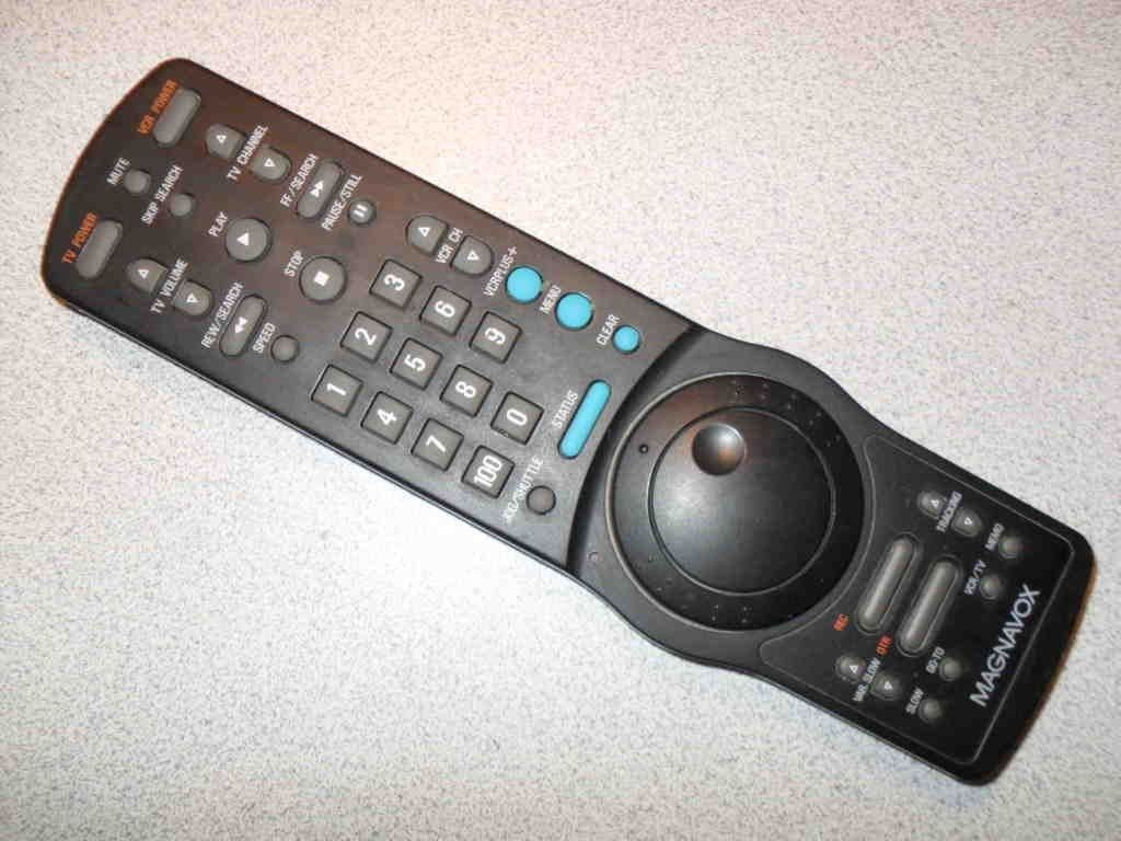 Primary image for Magnavox 4835-218-37107 TV VCR Fly Wheel Frame Advance Remote Control Tested