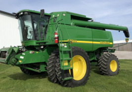 2005 JOHN DEERE 9760 STS For Sale In Wolcott, Indiana 47995 image 1