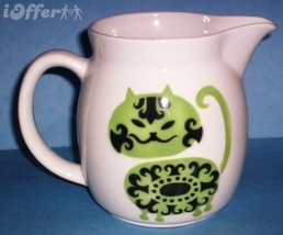 SCANDINAVIAN(FINNISH) MODERN-ARABIA GREEN CAT (IRTOPAAKISSA) PITCHER - $152.45