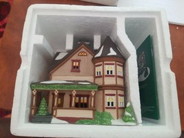 "Department 56 -New England Village  ""Thomas Julian House""  Excellent Condition - $24.75"