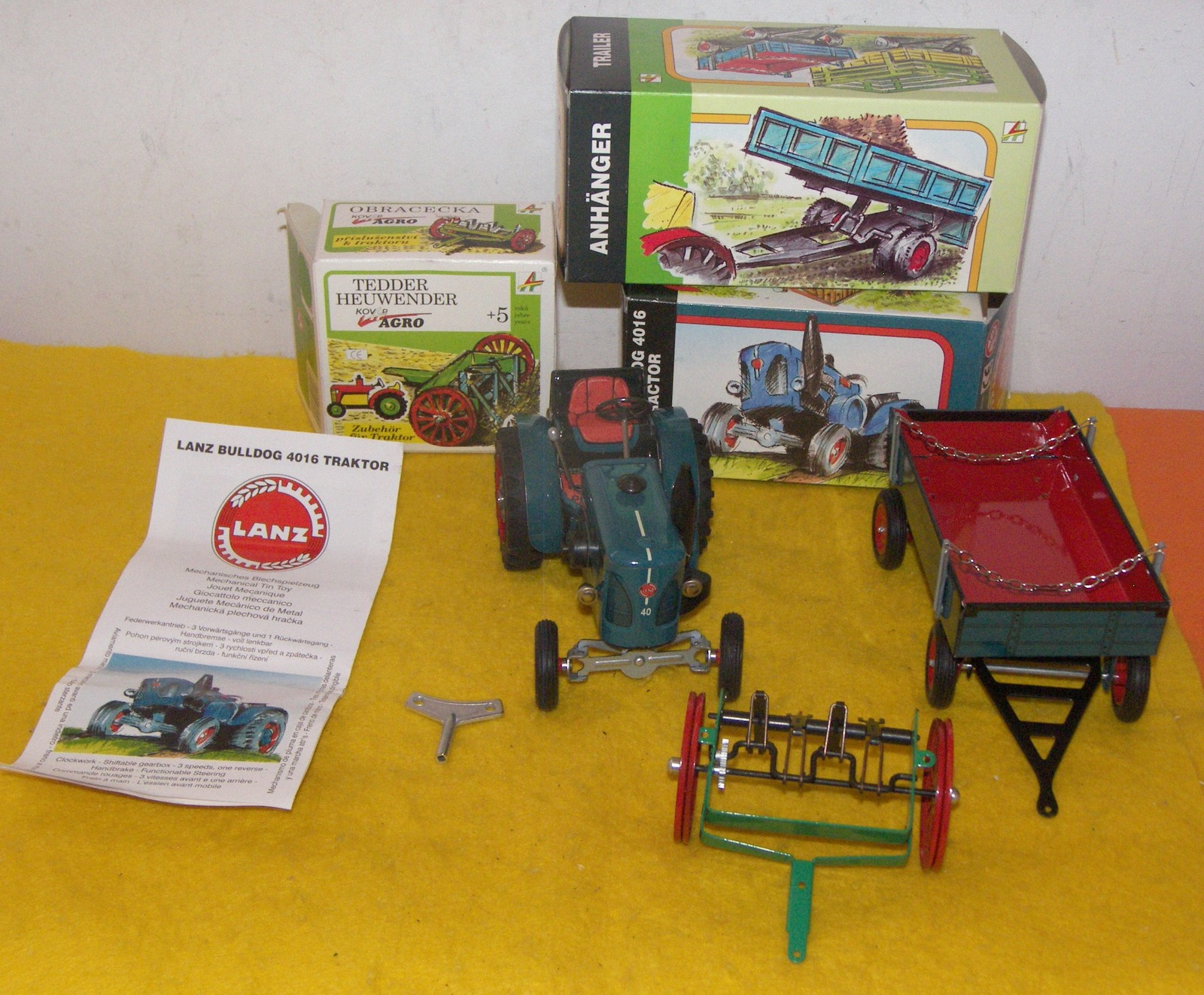 Toy old timertractor lanz bulldog4016 wind up