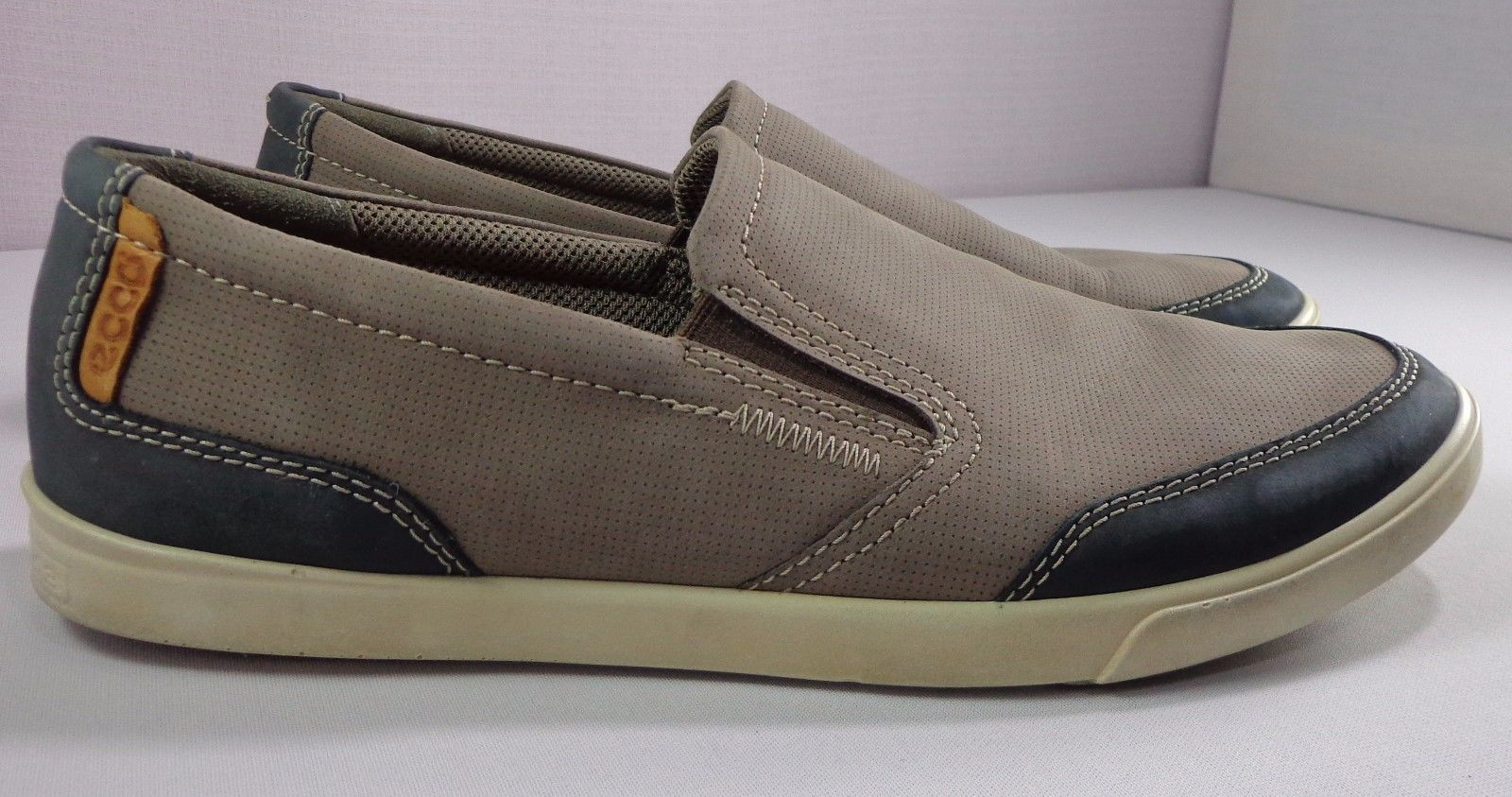 a2ca24439d S l1600. S l1600. Previous. Ecco Mens Casual Slip On Shoes Size 42 8 - 8.5  Taupe Nubuck Leather