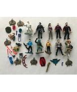 Star Trek Action Figures Lot Vintage Par Pic Playmates Weapons Accessori... - $70.00