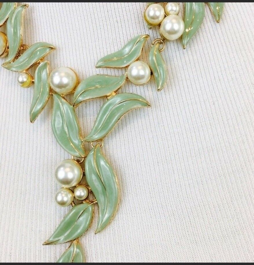 Enamel Green Leaves Faux Pearl Gold Tone Statement Necklace