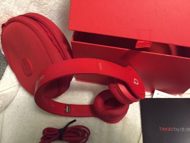 Beats by Dre Solo HD On-Ear Headphone ( - MH9G2AM/A Solo HD Red)