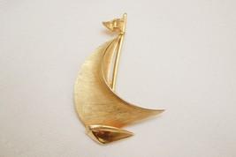 Vintage Trifari sailboat brooch sailing boat dimensional brushed goldton... - $32.99