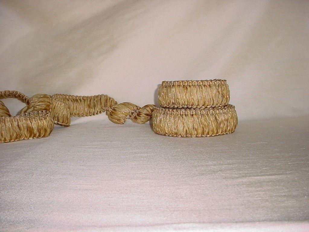 13-1/2Y D'KEI ORGANDY 1789 BRASS GOLD RIBBON BRUSH FRINGE UPHOLSTERY TRIM