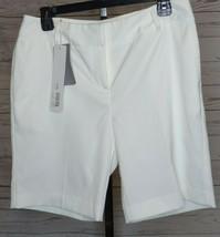 CUTTER & BUCK WHITE WOMEN'S SZ 8 GOLF SHORTS NWT CB10/24 - $18.99