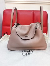 Guaranteed 100% Authentic Hermes Lindy 26 Clycine Stamp T PHW Bag