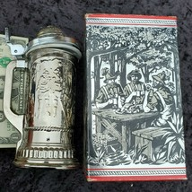 Avon Hunter's Stein (One) Deep Woods After Shave NEW in BOX 1970s 1980s OA1B22 - $9.50