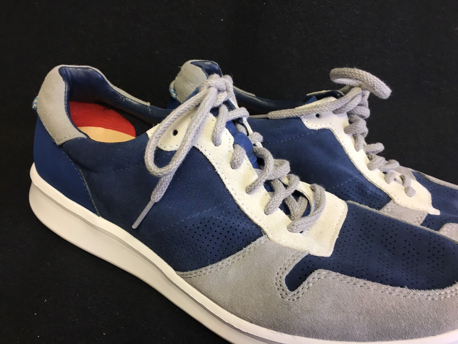 UGG SLAYTE STRIPE PERF Marino Blue LEATHER SNEAKER SHOES MENS SIZE 11.5 US