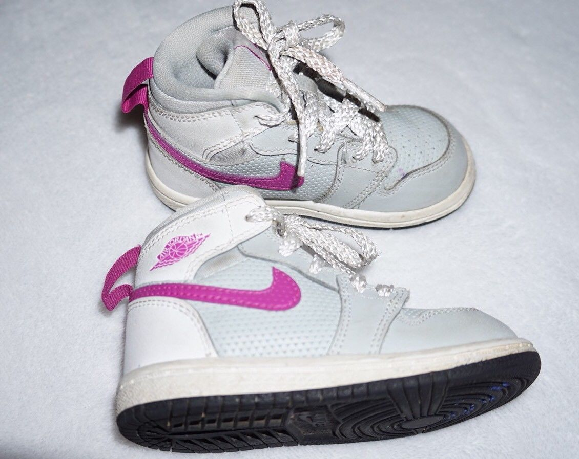 best loved fac56 48923 Nike Air Jordan 1 Retro High Toddler Girls and 50 similar items