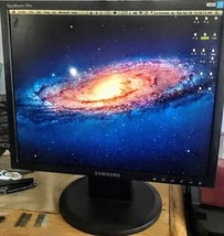 Samsung SyncMaster 740N Flat Panel Display LCD Monitor 17 Inch - $47.52