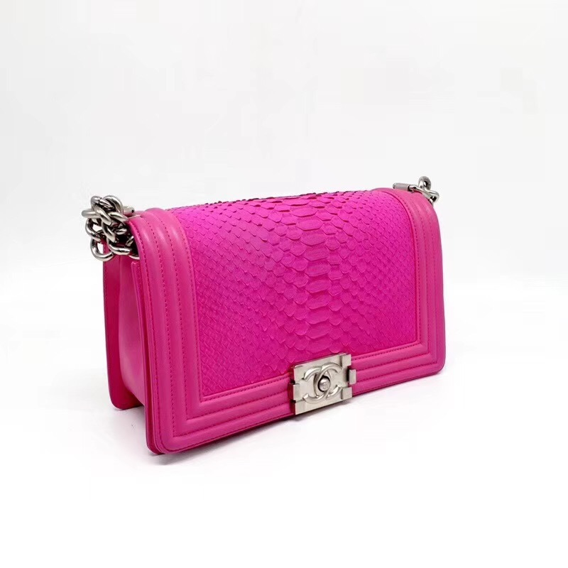 33c8e50e50d1 SALE*** AUTHENTIC CHANEL FUCHSIA PINK PYTHON BOY MEDIUM FLAP BAG SHW ...