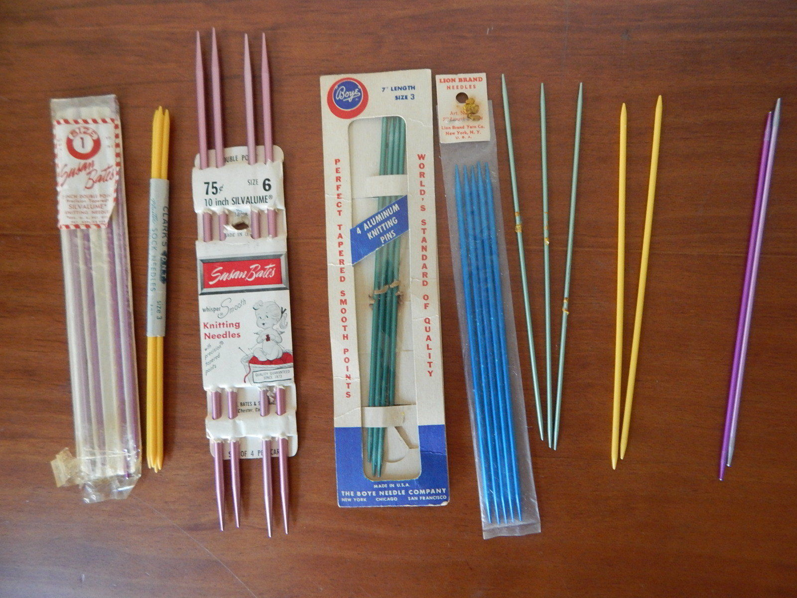 Primary image for 13 sets of Vintage 7 inch Bates Boye Clarks Lion knitting needles double point