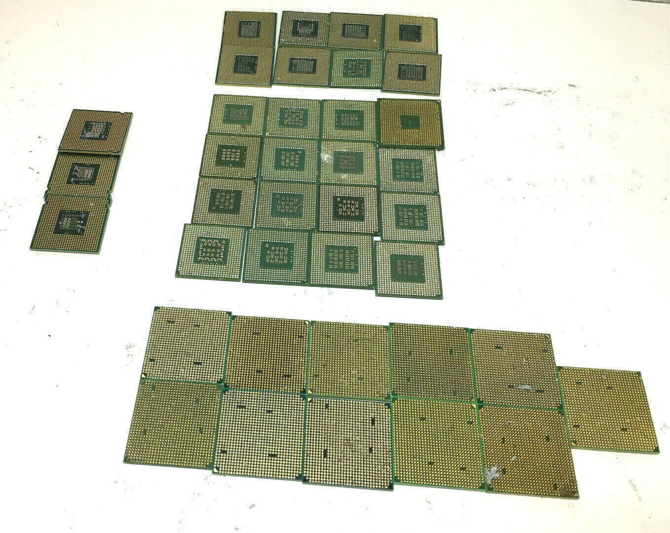Primary image for 2.20 Lbs Intel Pentium 4 P4 AMD Mix Lot CPU with pins for Gold Scrap Recovery