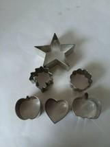 Set of 6 Small VTG Tin Cookie Cutters Star Heart Pumpkin Leaf - $10.29