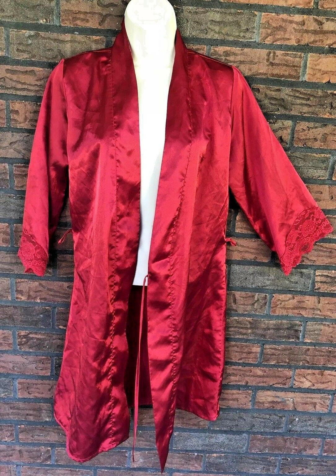 Frederick's of Hollywood Silky Satin Robe Small Red Lace Detail Glamour Housecoa - $19.80
