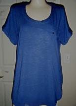 RAFAELLA NAVY SHORT SLEEVE STRETCH KNIT TOP SIZE L  - $15.47