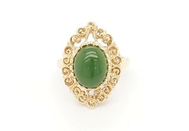 14k Yellow Gold Vintage Women's Ring With Jade Stone - $336.60