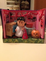 Memory Lane Peanuts Lucy at the Halloween Party Playset Brand New Retire... - $54.99