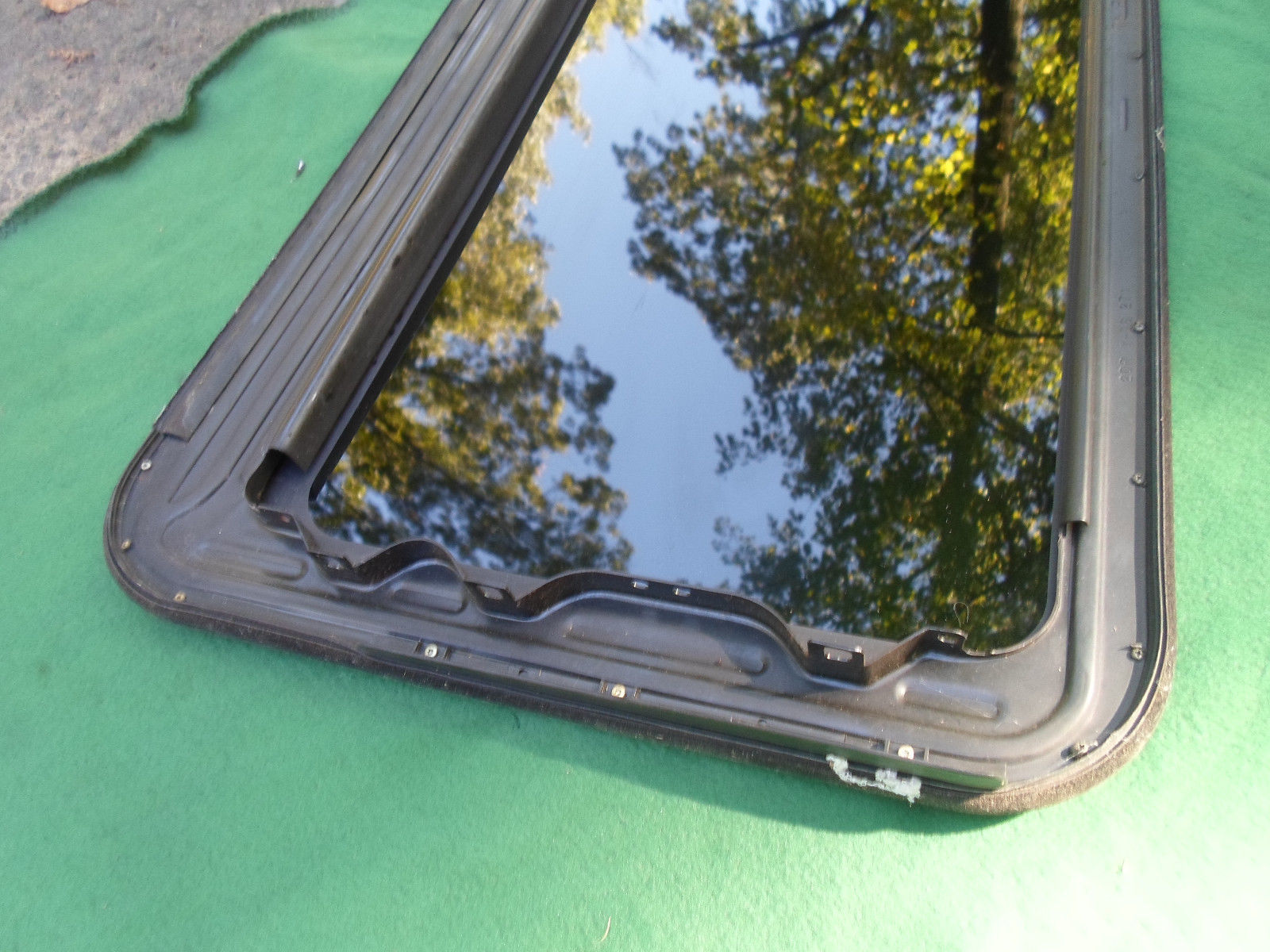 1998 NISSAN 200SX OEM FACTORY SUNROOF GLASS NO ACCIDENT   FREE SHIPPING!