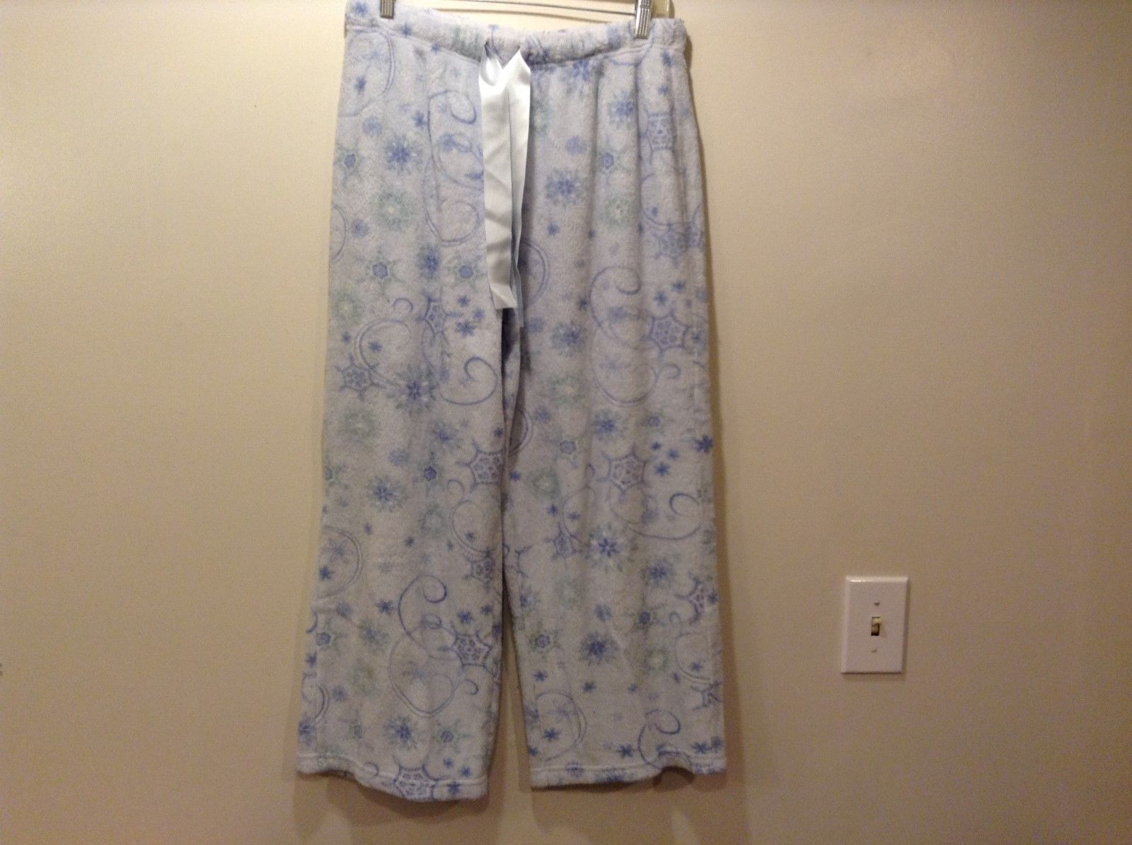 Laura Ashley Teal/Baby Blue Pajama Bottoms Sz M
