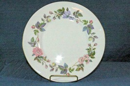 "Royal Worcester 1961 June Garland  #Z2770 Dinner Plate 10 5/8"" - $6.29"