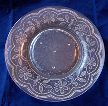 Plates Daisies Indiana Glass Doily Pattern Luncheon Set of 3 Daisies Rare - $78.00