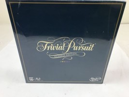 Trivial Pursuit Game Hasbro C1940 Classic Gameplay Edition Factory Sealed  - $14.00