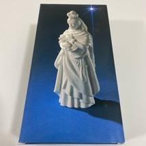 Avon Nativity Collectables THE MAGI KASPER 1982 porcelain w/Box - $28.00