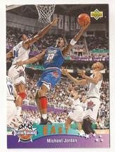 1992-93 Upper Deck Michael Jordan Basketball Card #425 - $3.75