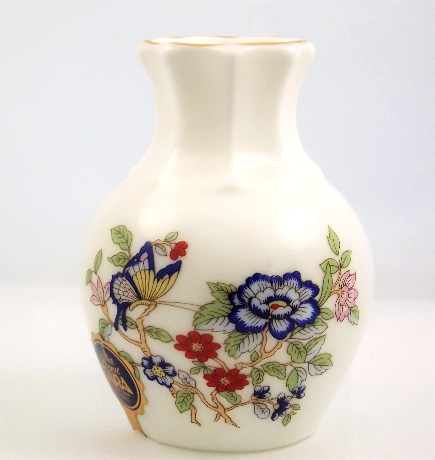Royal Tara Harmony small bud vase fine bone china Galway Ireland
