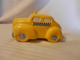 Knobler Ceramic Yellow Taxi With Checkerboard Decals Piggy Bank - $20.78