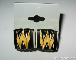 "VTG~ART DECO~White Yellow BLK Woven Faux Leather 3/4"" Screw Back Earring... - $4.88"