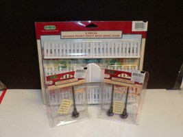 Lemax Village Collection Wooden Picket Fence with Swing Door-& 3 Street ... - $13.86