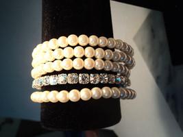 Avon Pretty Pearlesque and Rhinestone Stretch Bracelet Set New 2011 image 2