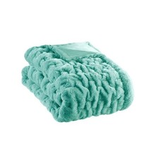 "Luxury Aqua Blue & Plush Ruched Faux Fur Reversible Throw - 50"" x 60"" - $1.095,21 MXN"