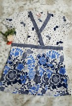 ❤️ White Cross Scrub Top White & Blue Color Butterfly Pattern Medical Si... - $11.87