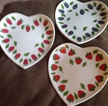 Set 3 WILLIAMS SONOMA Heart Shaped PLATES DESSERT JAPAN Different Berrie... - $22.00