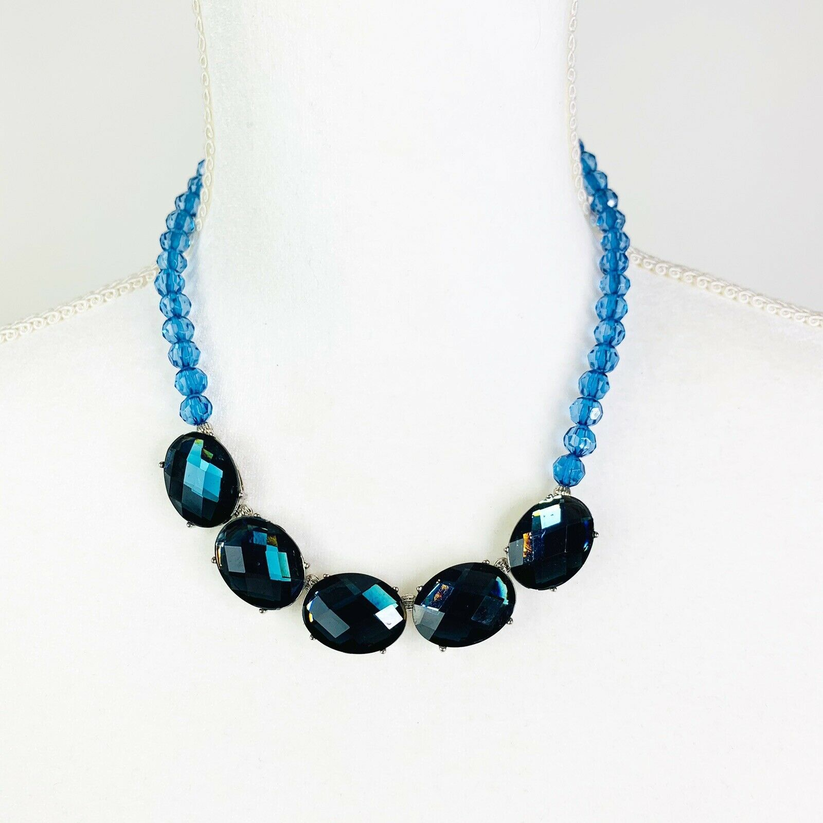 """1928 Colette Movana Blue Oval Collar Necklace Blue Faceted 16-19"""" Beaded - $17.73"""