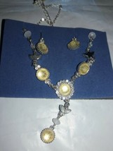 Avon Necklace And Earring Set Pretty Pastel Y Gift Set White - $7.92