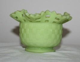 Vintage Fenton Jadeite Uranium Custard Glass Basket Weave Bowl Beautiful - $29.69