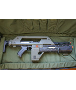ALIENS M41-A HERO PULSE RIFLE REPLICA WITH WORKING LEDS FULL SIZED HAND ... - $2,900.00