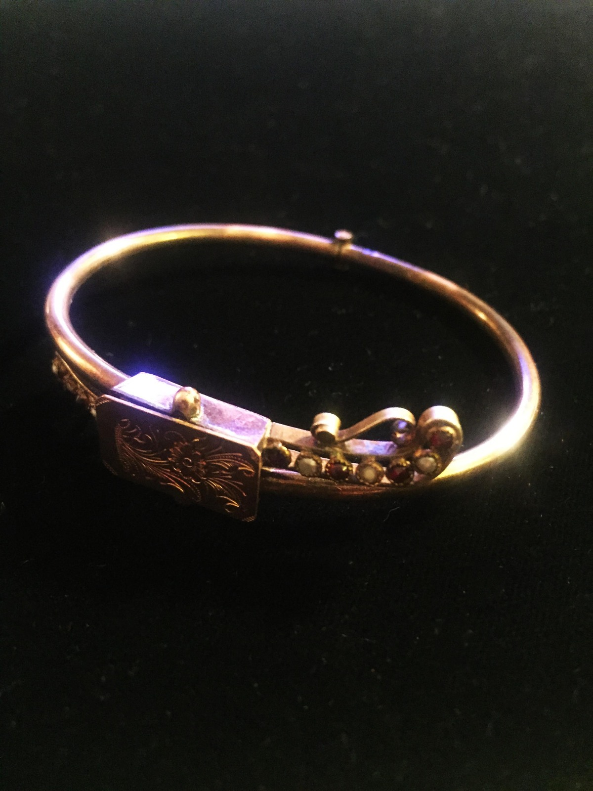 Antique Victorian Suffragette hinged bangle bracelet with seed pearl and garnet